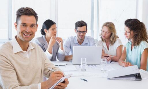 关于鼓励公司员工踊跃投稿的通知